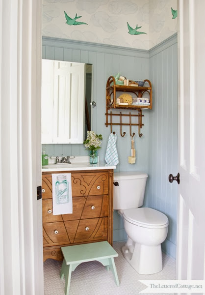 Blue bathroom - Wedgewood Gray