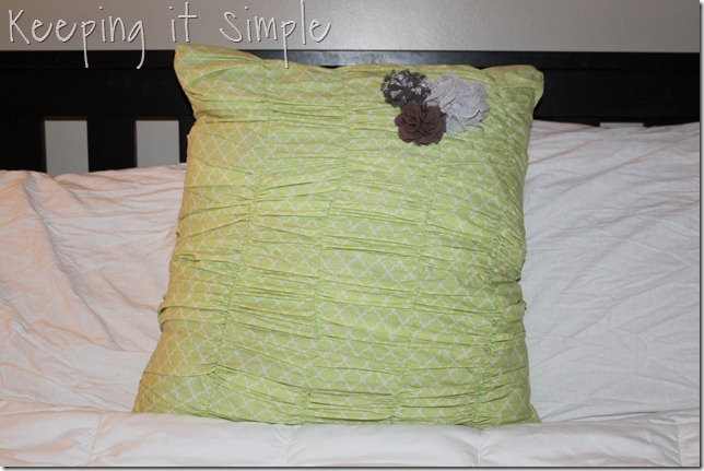 gathered pillow (16)