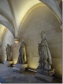 D'autre pièces se visitent et accueillent elles aussi bien souvent des statues d'autres personnages