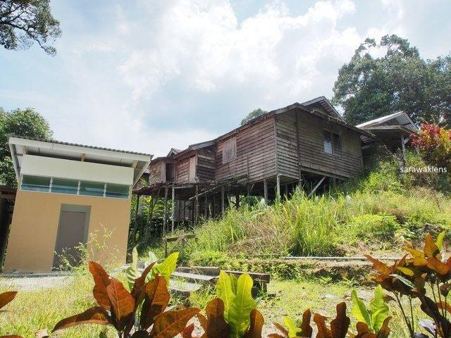 gunung_jagoi_abandoned_village2012