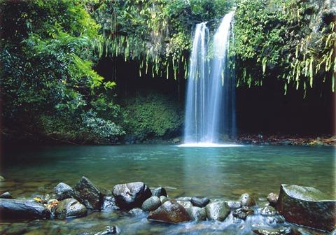 maui_waterfall
