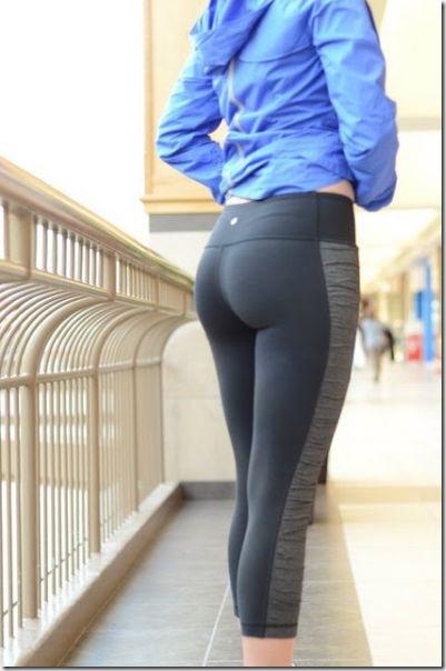 yoga-pants-girls-12
