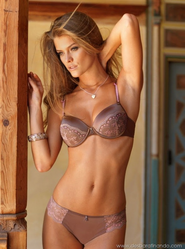 nina-agdal-modelo-biquini-bikini-linda-sensual-nude-boobs-model-desbaratinando-sexta-proibida (13)