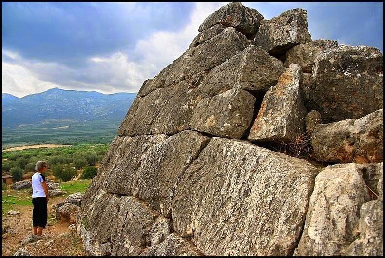 pyramid-hellinikon-2
