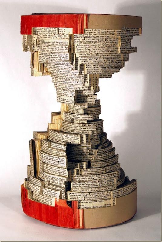 Brian Dettmer sculpteur de livres (3)