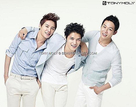 TONY MOLY JYJ Korean Ambassadors pop boy band singers Kim Junsu Kim Jaejoong Park Yoochun Floria Nutra Energy Skincare Series Skincare makeup hair body wash lotion