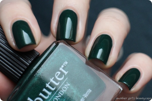 LFB Butter London British Racing Green Tannengruen Swatch (5 von 6)