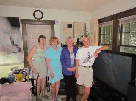 HSFriendsmeetatValsHouse-2-2012-05-27-21-13.jpg