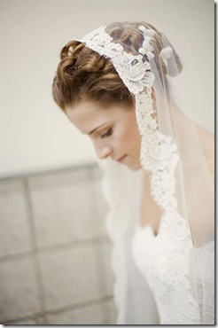 beautiful-bridal-veil-hairstyles