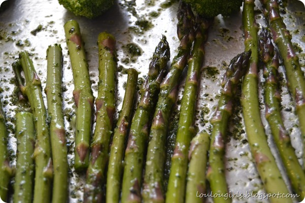 New-York-Steak-and-asparagus-with-chimichurri (4)
