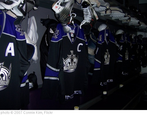 'Hockey & High Heels - Kings Stalls' photo (c) 2007, Connie Kim - license: http://creativecommons.org/licenses/by-sa/2.0/