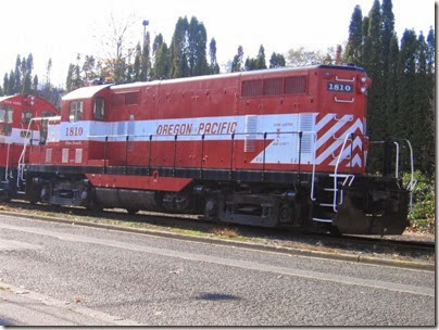 IMG_9322 Oregon Pacific GP7u #1810 in Milwaukie on November 7, 2007