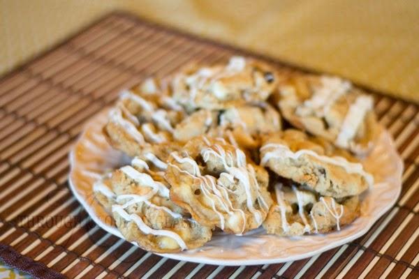 Chewyalmondgranolacookies1