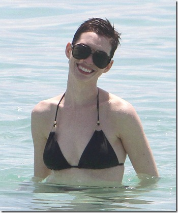 Anne Hathaway Anne Hathaway Ringless Miami X2ui3PKD2ful