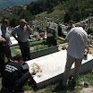 Ново гробље, Бања Лука, 5.8.2012., Веритасовци полажу цвијеће и пале свијеће на гробу Боре Мартиновића, великог пријатеља Веритаса.