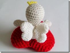 yarn cherub