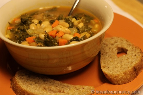 cannellini-bean-kale-soup_2470