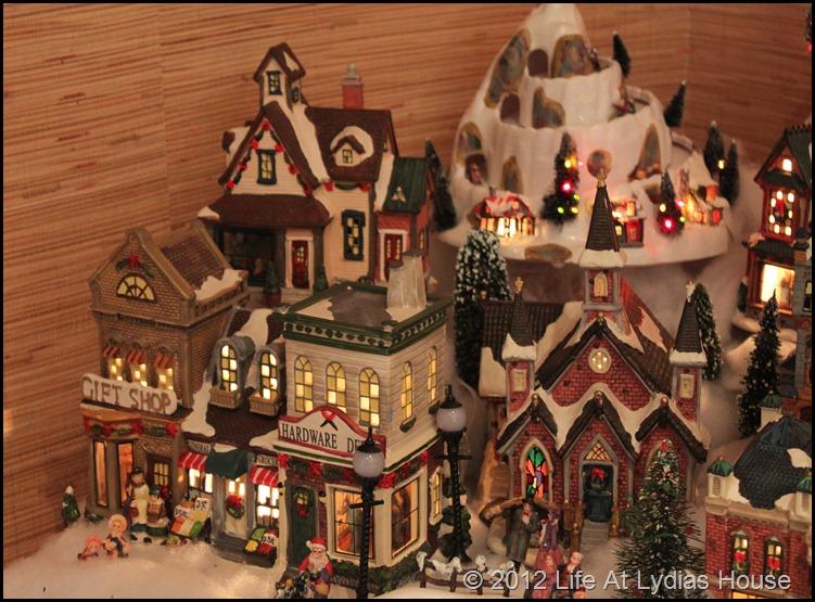 snow village 4