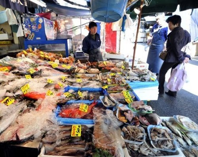 A fish shop in Tokyo in April 2011. Environmental group Greenpeace warned Thursday that marine life it tested more than 20 kilometres (12 miles) off Japan's stricken Fukushima nuclear plant showed radiation far above legal limits. Greenpeace