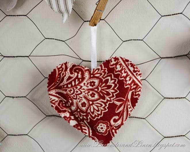 Heart  - Lavender & Linen