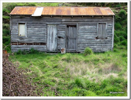 Somebodies home many years ago. Near the Tarawera Cafe on the Napier Taupo highway.