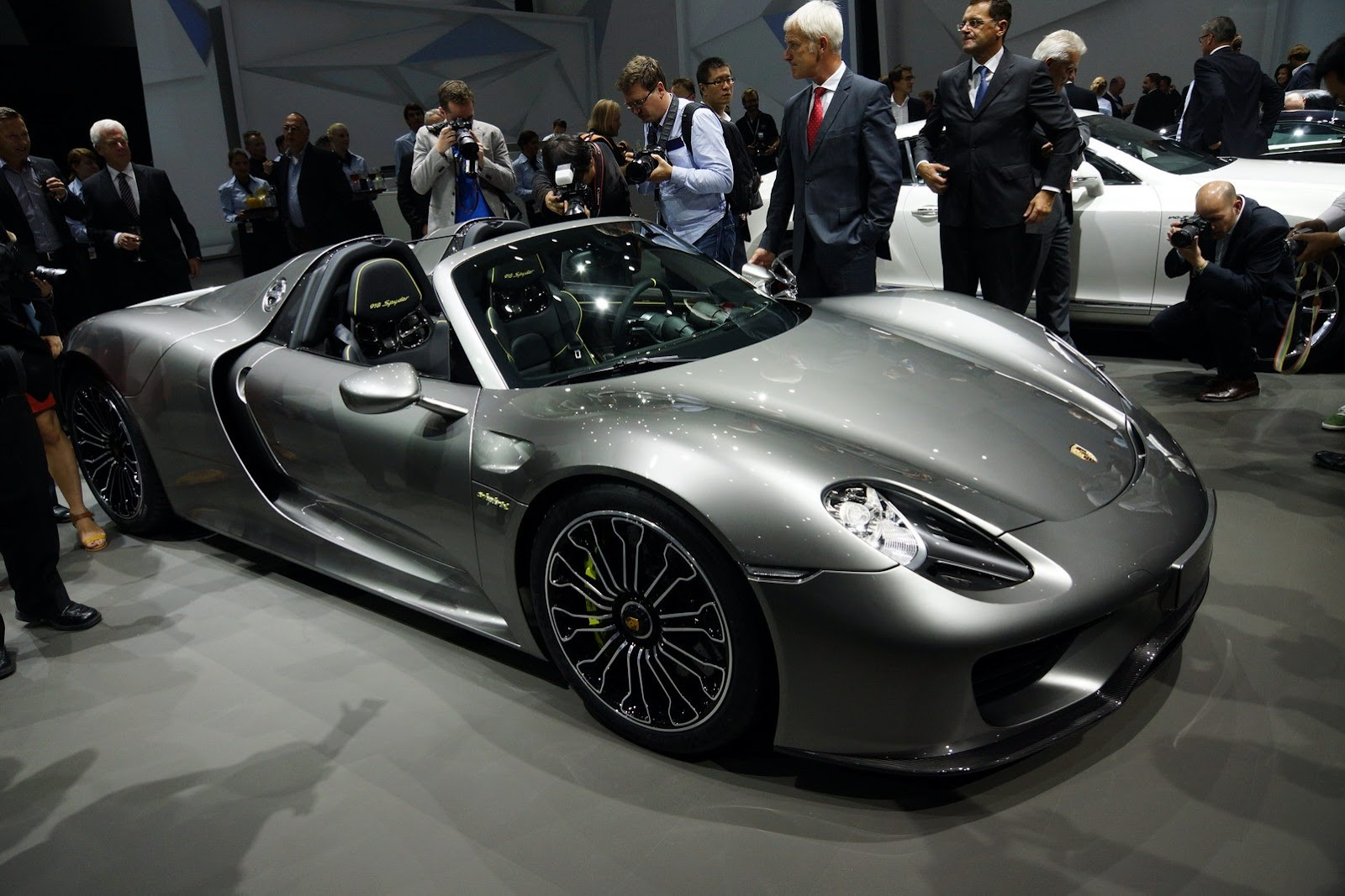 porsche 918 spyder 2015 autos hoy. Black Bedroom Furniture Sets. Home Design Ideas