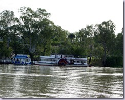 Mildura Wharf.  PS Rothbury setting out for the day.