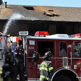 News_110830_BroadwayApartmentFire