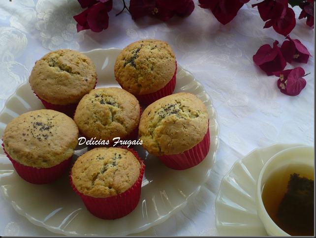 Muffins de limão siciliano e papoula