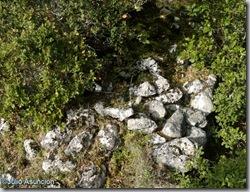 Restos de muros del poblado de Altikogaa - Eraul