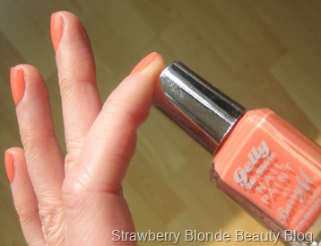 Barry-M-Gelly-hi-shine-Papaya-304-swatches-coral-
