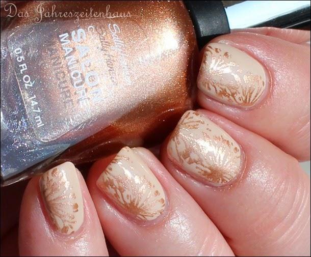 Elegantes Nude Nail Art Design mattiert 2