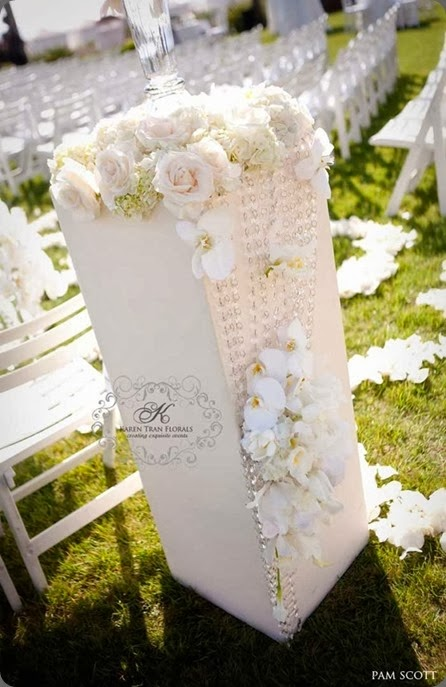 aisle header Hotel-Del-Coronado-Wedding-decor karen tran