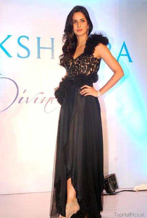 Katrina Kaif Beautiful Pics in Black Lace Dress 6