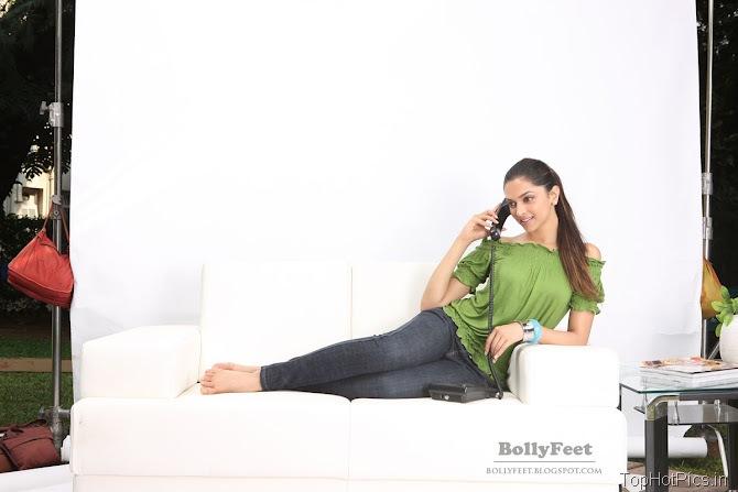 Deepika Padukone Sexy Unseen Pics 4
