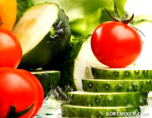 pomidory_lomtiki_ovoschi_ogurcy_1680x1050