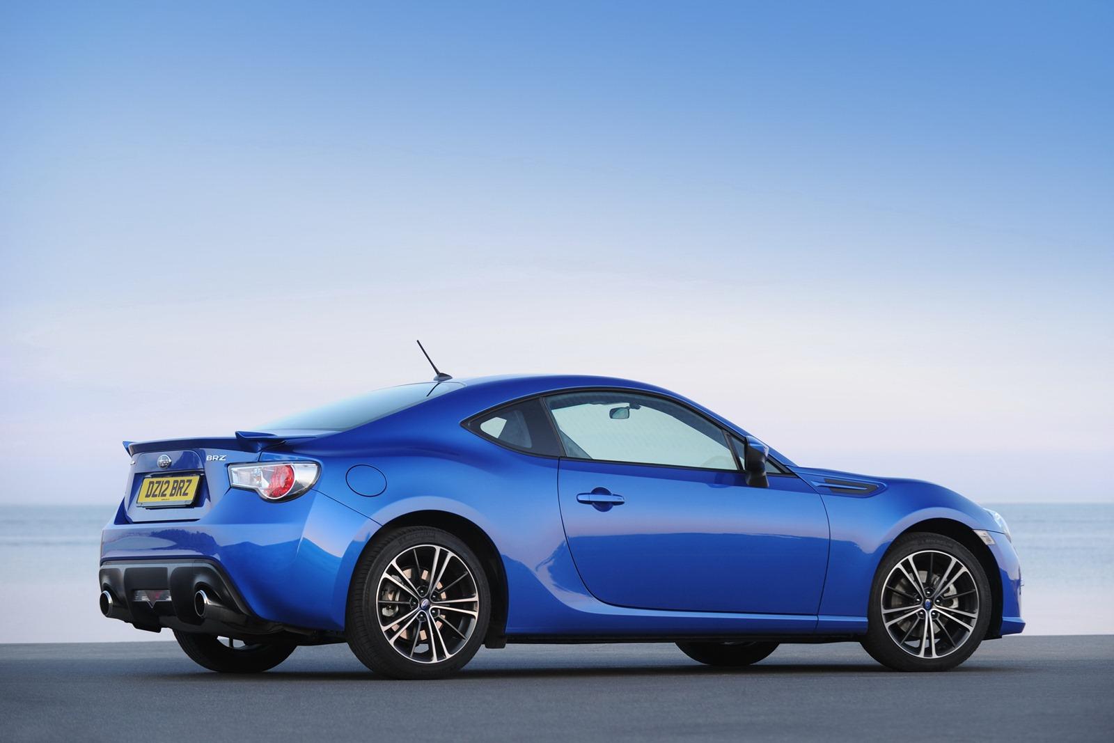 2013-Subaru-BRZ-Coupe-2.jpg?imgmax=1800