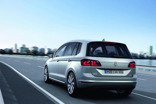 VW-Golf-Sportvan-Concept-02.jpg