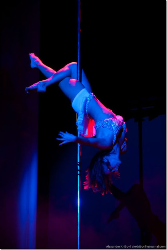 russian-pole-dancing-competition-23