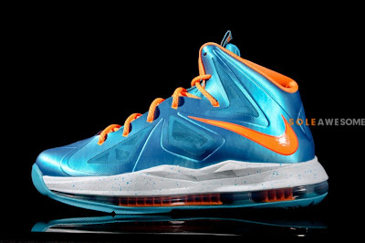 nike lebron 10 gs turquise 1 02 Nike LeBron X Grade School Turquoise (543564 402)