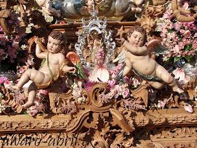 exorno-floral-procesion-carmen-coronada-malaga-2012-alvaro-abril-flor-(21).jpg
