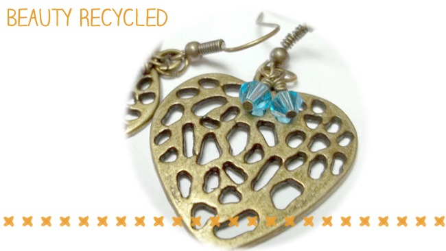 Roundup of Small Businesses selling Jewelry! {Support A Small Biz!}