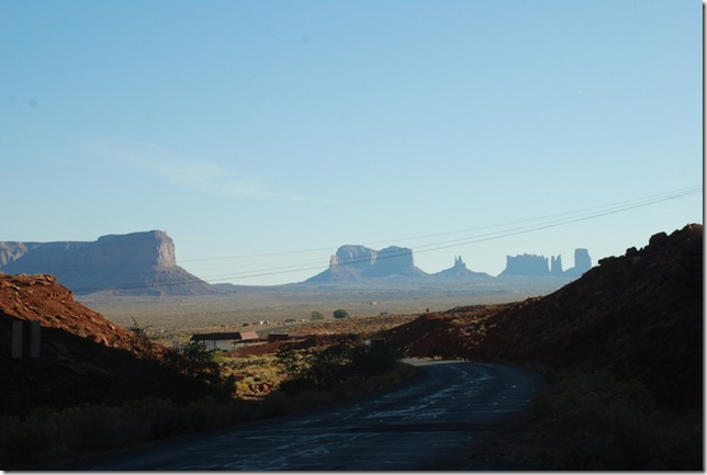 10-29-11 A Gouldings Area of Monument Valley 020