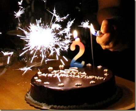 2_years_beeramatismoi_@_Local_Pub_Birthday_Cake_Candles
