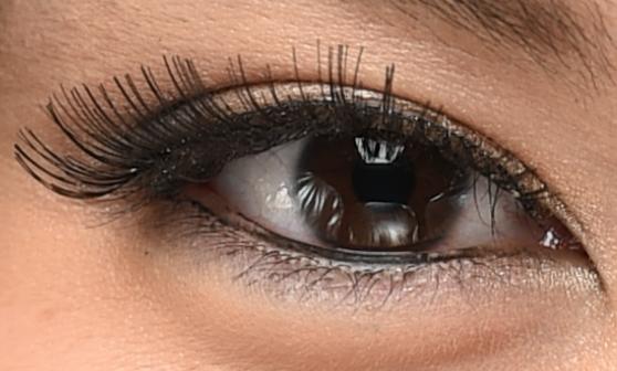 D4s 100% Eye Crop