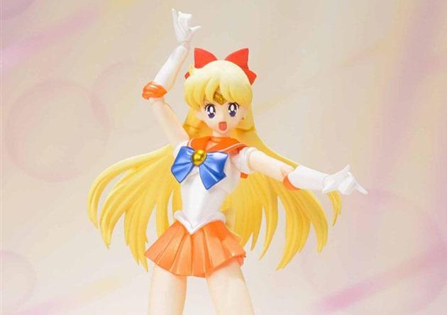 Sailor-Venus_Sailor-Moon_miniature-figure_05