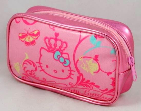 bolsinha-necessaire-maquiagem-hello-kitty-i-love-pink-8.jpg