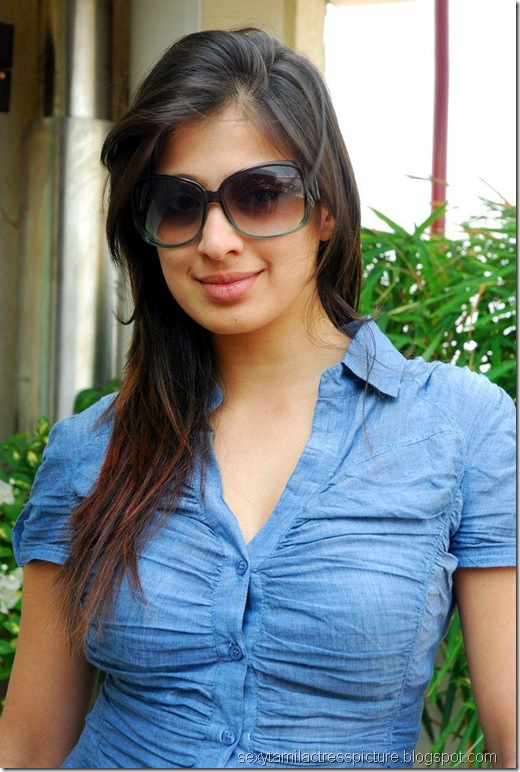 lakshmi_rai_tight_jeans_and_shirt_stills_08