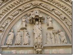 Tímpano del claustro de la catedral de Santa María - Huesca