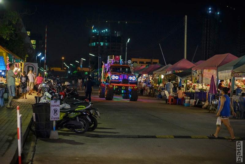 2557_Thailand_Pattaya_Jomtien_transport_tuk_tuk_tuck_tuck_taxi-11